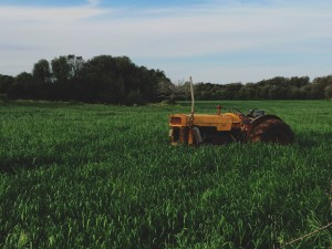 field_tractor